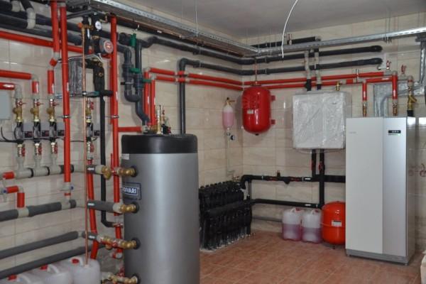 Частный дом отапливаемый геотермальным тепловым насосом NIBE 1155 16kW